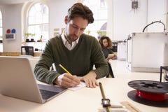 Studio de conception de Drawing Sketch In 3D de concepteur Photographie stock