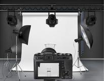 Studio della foto di vettore con attrezzatura per fotografia illustrazione di stock