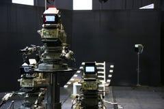 Studio della TV con la macchina fotografica ed una luce Fotografie Stock Libere da Diritti