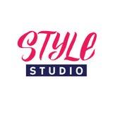 Studio di stile Logo Beauty Vector Lettering Calligrafia fatta a mano su ordinazione illustation di vettore Fotografia Stock Libera da Diritti