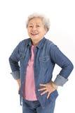 Studio die van Chinese Hogere Vrouw is ontsproten Royalty-vrije Stock Afbeelding