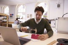 Studio för formgivareMeasuring Model In 3D design Fotografering för Bildbyråer