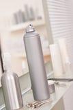 studio för frisörhårsprayprofessionell Royaltyfri Fotografi