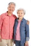 Studio geschossen von den chinesischen älteren Paaren Stockfotografie