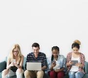 Studio-Leute-Modell Shoot Technology Meeting Lizenzfreies Stockfoto