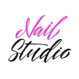 Studio Logo Beauty Vector Lettering del chiodo Abitudine Handma del manicure Fotografia Stock