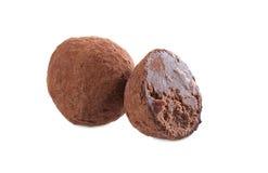 Studio van donkere chocoladetruffel wordt geschoten, close-up dat Stock Fotografie