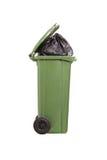 Studio van een vuilnisbakhoogtepunt wordt geschoten van huisvuil dat Royalty-vrije Stock Afbeeldingen