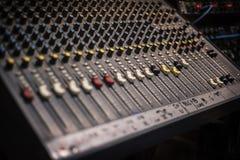 Studioblandare för ljudsignalinspelning Royaltyfri Foto