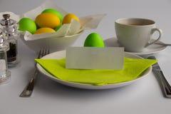 Studiofoto die het ontbijt of de brunch van Pasen met lege ruimte symboliseren royalty-vrije stock fotografie