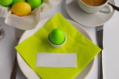 Studiofoto die het ontbijt of de brunch van Pasen met lege ruimte symboliseren stock afbeeldingen