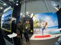 Studiogebied binnen de cabine van Nikon-bedrijf in PhotoForum royalty-vrije stock foto's