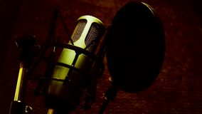 Studiomikrofon stock video