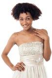Studioporträt der ausgezeichneten jungen Frau im weißen Korsett lizenzfreie stockfotos