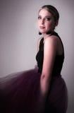 Studioportrait der schönen jungen Frau Stockbild