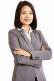 Studiostående av den kinesiska affärskvinnan royaltyfri foto