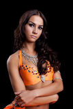 Härlig orientalisk dansare med långt hår Royaltyfri Bild