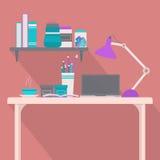 Studiować stół i półka na książki Zdjęcia Royalty Free