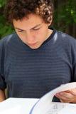 studiowanie chłopca Zdjęcia Stock