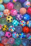 studsa för bollar Fotografering för Bildbyråer