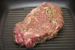 Stufa della leccarda della bistecca di fila Immagine Stock Libera da Diritti