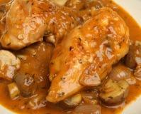 Stufato della casseruola di Chasseur del pollo Fotografie Stock Libere da Diritti