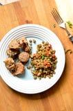 Stufato fresco della lenticchia con i weenies affettati Fotografia Stock Libera da Diritti