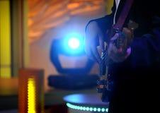 Stufe beleuchtet - Studio für Produktion Fernseherscheinen stockfotografie