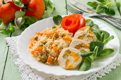 Stuffed chicken roll with spicy rice and vegetables Royalty Free Stock Photos