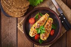 Stuffed zucchini with chicken Royalty Free Stock Photos