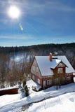 Stuga i vinter Fotografering för Bildbyråer