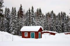 stuga typiska sweden Arkivfoto