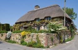 stugaengelska thatched traditionellt Royaltyfri Fotografi