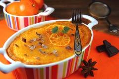 Stugaost-mandarin pudding Arkivfoton