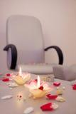 Stuhl in der Cosmetologyklinik Stockbilder