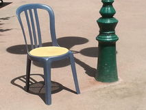 Stuhl in der Sonne Lizenzfreies Stockfoto