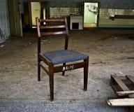 Stuhl im verlassenen Gebäude Lizenzfreie Stockfotos