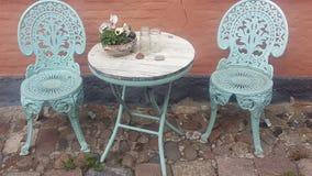 Stuhl und Tabelle stockfoto
