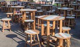 Stuhl und Tabellen Lizenzfreies Stockbild