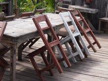 Stuhl, Weiß, rot. Stockfoto