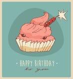 Stuk illustratie van van cake (Gelukkige Verjaardagskaart) de zoete cupcakes, gegraveerde retro stijl, getrokken hand Stock Foto