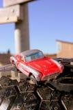 Stuk speelgoed auto en wiel Royalty-vrije Stock Foto's