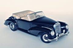 Stuk speelgoed auto modelmercedes-benz 300S 1955 Stock Foto
