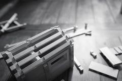 Stuk speelgoed blokhuis De aannemer wordt gemaakt van natuurlijk hout voor CH royalty-vrije stock afbeelding