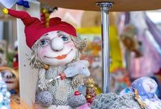 Stuk speelgoed brownie, huisgeest, kobold van Russische volksverhalen stock foto's