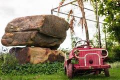 Stuk speelgoed de auto toont Openlucht Royalty-vrije Stock Afbeeldingen