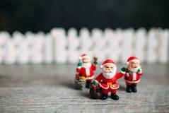 Stuk speelgoed de Kerstman De achtergrond van Kerstmis Royalty-vrije Stock Fotografie