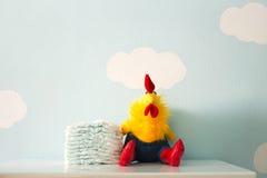 Stuk speelgoed en luiers Royalty-vrije Stock Foto's