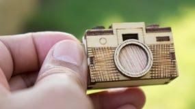 Stuk speelgoed houten camera Stock Afbeelding