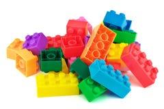 Stuk speelgoed kleurrijke plastic blokken Royalty-vrije Stock Afbeeldingen